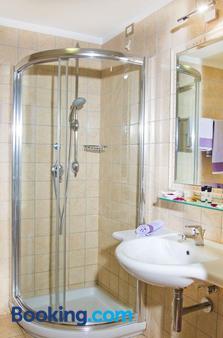 弗特埃酒店 - 维耶斯泰 - 浴室