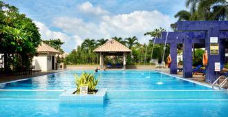 丽昇海上度假村 - 波德申 - 游泳池