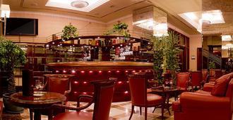 贝斯特韦斯阿斯托里亚高级酒店 - 萨格勒布 - 酒吧