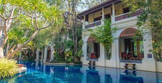 库姆法雅温泉精品度假酒店 - 清迈 - 游泳池