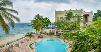 桑给巴尔塞雷纳酒店 - 桑给巴尔 - 游泳池
