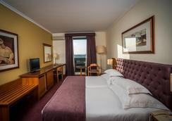 波图大风村酒店 - 波尔图 - 睡房