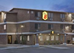 哈瓦苏湖城速8酒店 - 哈瓦苏湖城 - 建筑