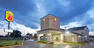 达拉斯东速8酒店 - 达拉斯 - 建筑