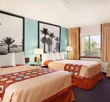 印第奥速8套房酒店