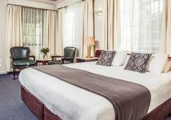 美居巴拉腊特酒店及会议中心 - 巴拉瑞特 - 睡房