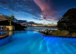 帕萨尔加达旅馆 - 莫鲁-迪圣保罗 - 游泳池