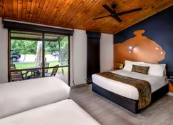 卡卡杜哥尼达小屋旅馆 - 贾比鲁 - 睡房