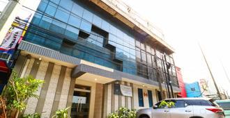 新普里欧克因达酒店 - 雅加达 - 建筑