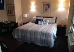 雅典套房酒店 - 休斯顿 - 睡房