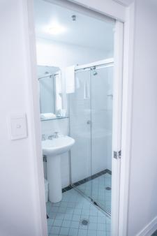 南方大酒店 - 悉尼 - 浴室