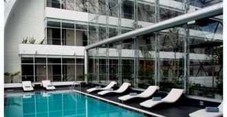 格兰德之家酒店 - 拉巴斯 - 游泳池