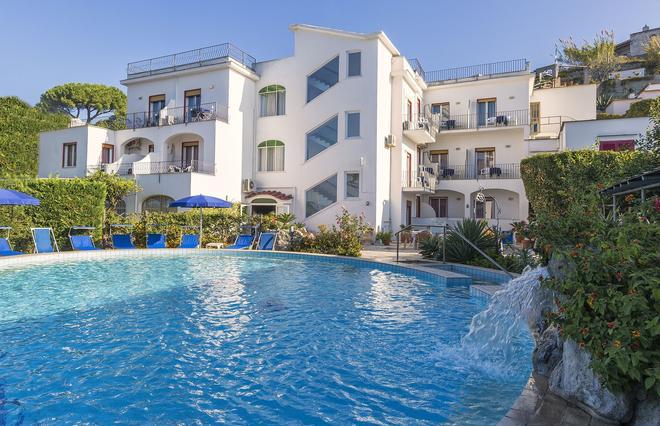 锡塔拉海岸酒店 - 福利奥 - 游泳池