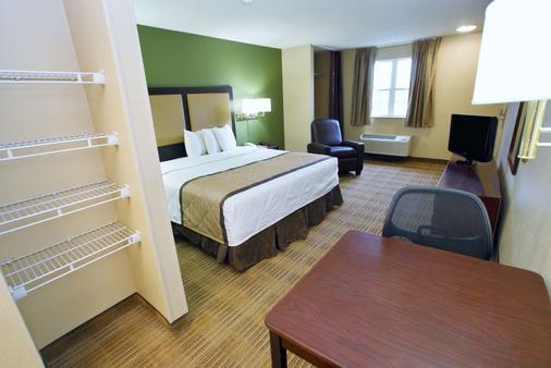美国萨克拉门托北门长住酒店 - 萨克拉门托 - 睡房