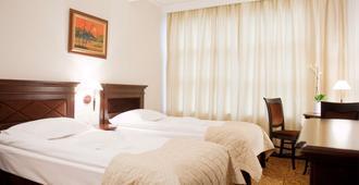 贝拉里亚酒店 - 雅西