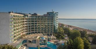 Marina Grand Beach Hotel - 金沙 - 建筑