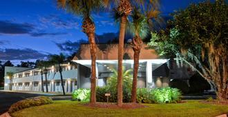 佛罗里达杰克逊维尔 - 贝梅多斯 6 号公寓酒店 - 杰克逊维尔 - 建筑