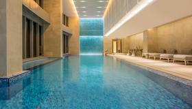 澳门皇冠假日酒店 - 澳门 - 游泳池