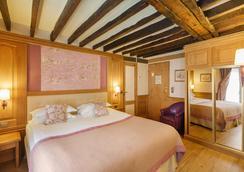 蒙帕纳斯拉佩勒酒店 - 巴黎 - 睡房