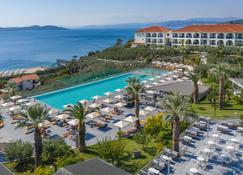 阿卡拉托斯海滨酒店 - 欧拉努波利斯 - 游泳池