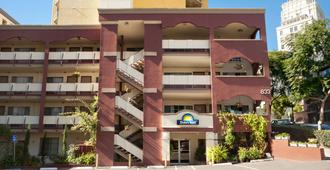 圣地亚哥-市中心-会议中心戴斯酒店 - 圣地亚哥 - 建筑