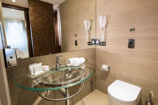 贝斯特韦斯特城市酒店 - 米兰 - 浴室