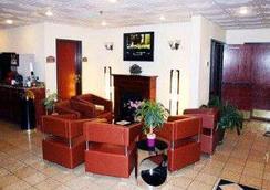 杰克逊堡贝尔蒙特套房酒店 - 哥伦比亚 - 大厅