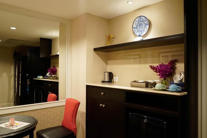 莎拉的酒店 - 曼谷 - 厨房
