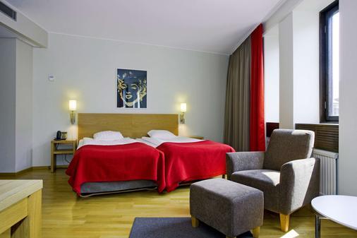 马尔默市斯堪迪克酒店 - 马尔默 - 睡房