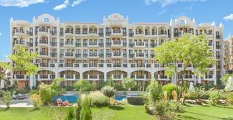 和谐套房大度假村酒店 - 阳光海滩 - 建筑