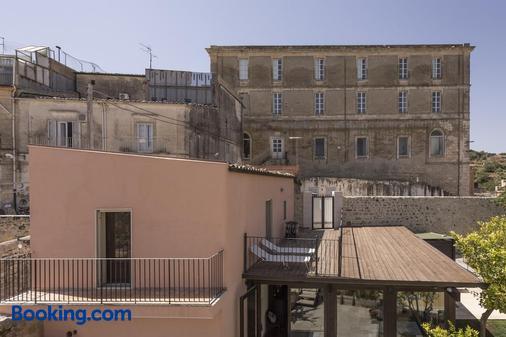 苏尔教堂花园酒店 - 拉古萨 - 阳台