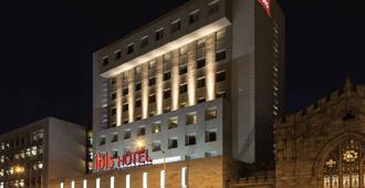 墨西哥阿拉米达宜必思酒店 - 墨西哥城 - 建筑