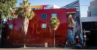 圣基尔达背包基地酒店 - 墨尔本 - 建筑