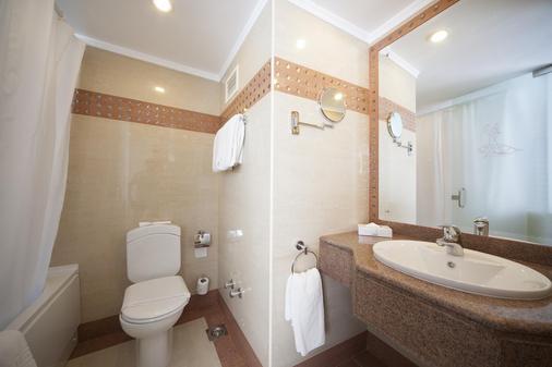 开罗弗拉门戈金色郁金香酒店 - 开罗 - 浴室