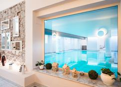 桑塔瑟西里亚酒店 - 圣温琴佐 - 游泳池