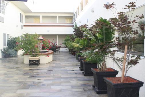 机场旅馆 - 南旧金山 - 户外景观