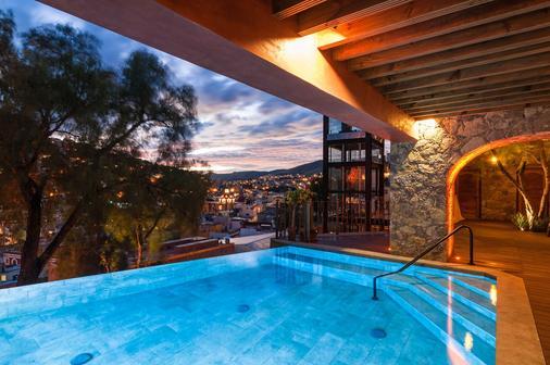 艺术精品酒店 - 瓜纳华托 - 游泳池