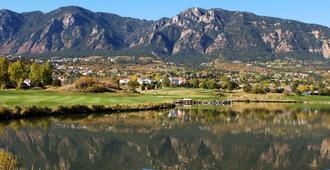 科罗拉多夏延山甜美温泉度假酒店 - 科罗拉多斯普林斯 - 户外景观