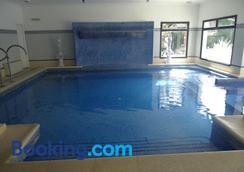 意大利酒店 - 科洛尼亞德爾薩克拉門托 - 游泳池