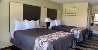 丽景湾7号汽车旅馆 - 费耶特维尔 - 睡房
