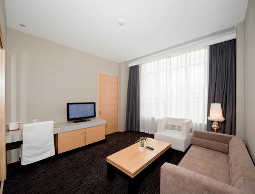 广州卡丽皇家金煦酒店 - 广州 - 睡房