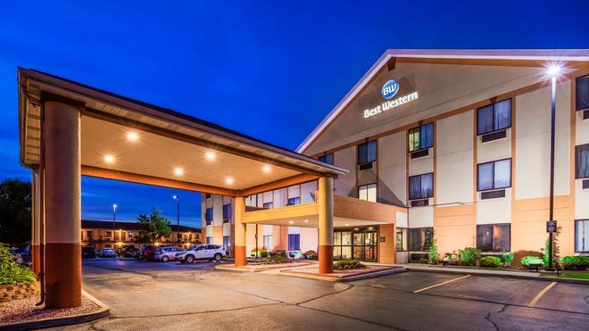 西佳梅里维尔套房旅馆 - 梅里尔维尔 - 建筑