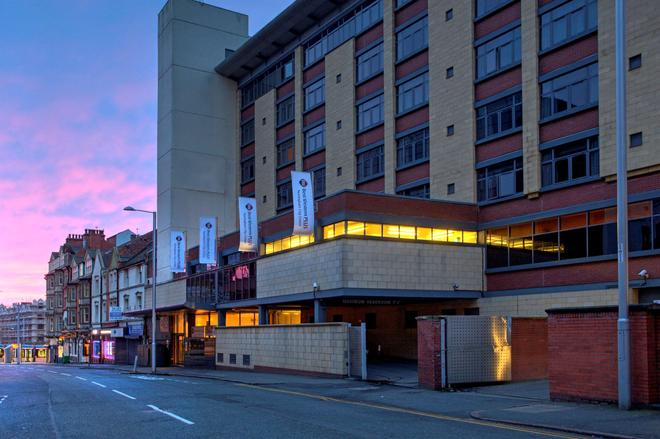 诺丁汉市中心贝斯特韦斯特Plus酒店 - 诺丁汉 - 建筑