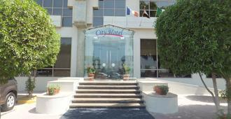 城市酒店 - 拉斯海玛 / 哈伊马角