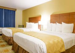 基瓦贝斯特韦斯特酒店 - 柯林斯堡 - 睡房