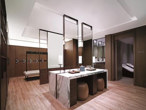 曼谷香格里拉大酒店 - 曼谷 - 浴室