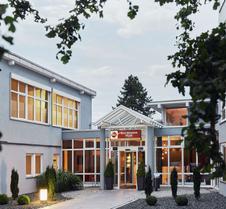 奥特姆贝斯特韦斯特酒店