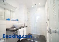 科雷尔林德餐厅酒店 - 斯图加特 - 浴室