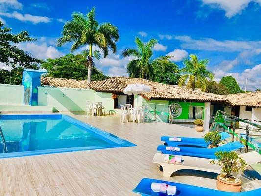 绿谷酒店 - 塞古罗港 - 游泳池