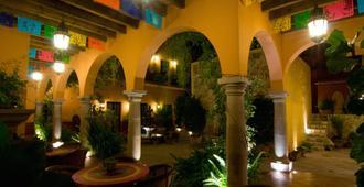 安提瓜卡皮拉住宿加早餐旅馆 - 圣米格尔-德阿连德 - 露台